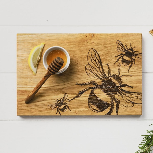 Scottish Oak Serving Board - Bee