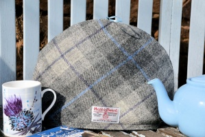 Harris Tweed Tea Cosy Grey Tartan