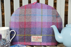 Harris Tweed Tea Cosy Purple Blue Pink Tartan
